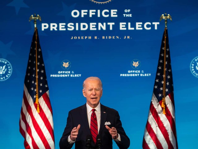 Biden pledges to build scores of new vaccine sites and prioritize older Americans