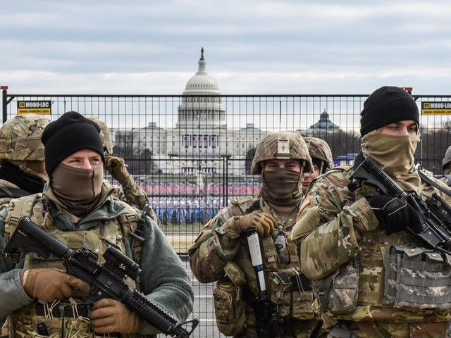 Report: 2 National Guard members removed from inauguration detail for militia ties