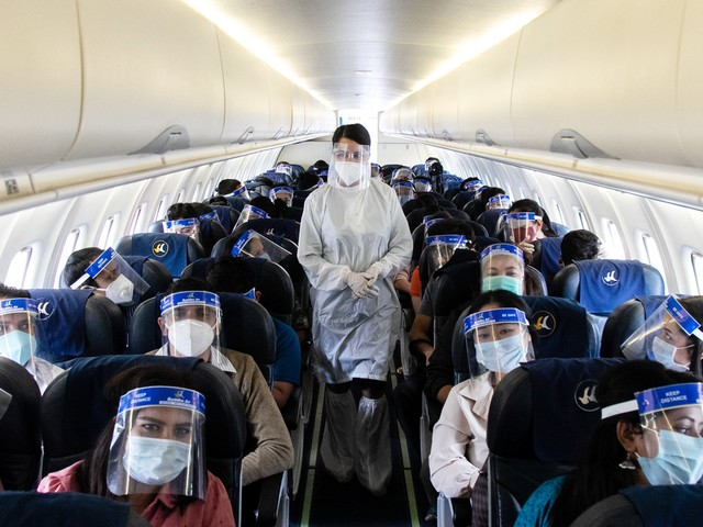 Airlines Are Not Going To Have Vaccine Mandates. Here's Why