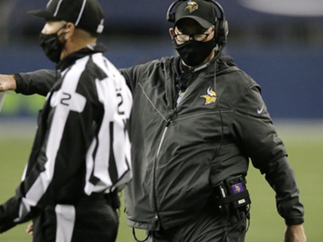Love it or hate it, Mike Zimmer is getting more aggressive on fourth downs