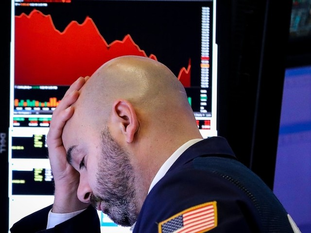 US stocks drop the most in 2 years as coronavirus fears rattle traders