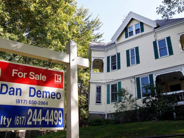 I love being a homeowner, but there are 5 things I wish someone had told me before I bought a house
