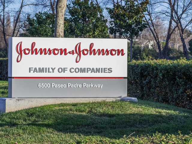 Why Johnson & Johnson Stock Is Not a Screaming Buy