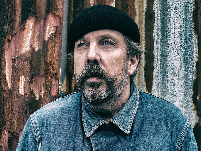 Andrew Weatherall, D.J. Who Broke Down Genre Barriers, Dies at 56