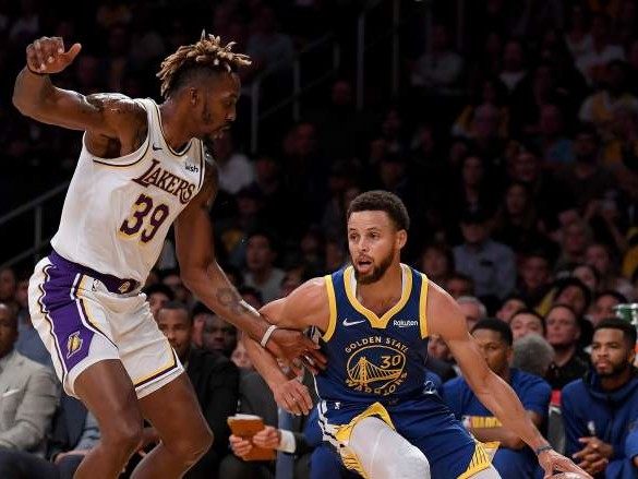 Lakers Survive Scare Against Warriors as Dwight Howard Shines