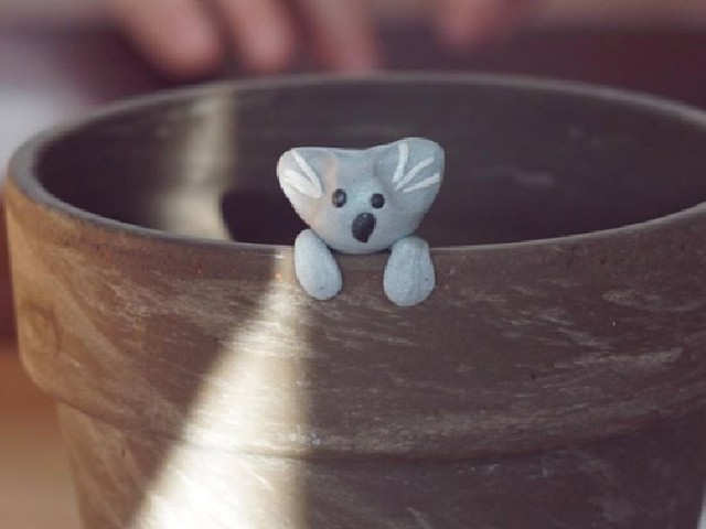 6-year-old raises $250K for Australian bushfires by making clay koalas