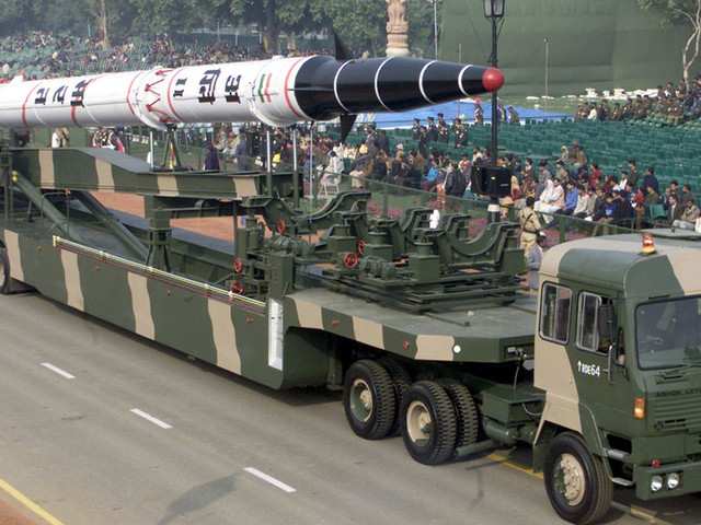 India's test launch of nuclear-capable ballistic missile caught on VIDEO