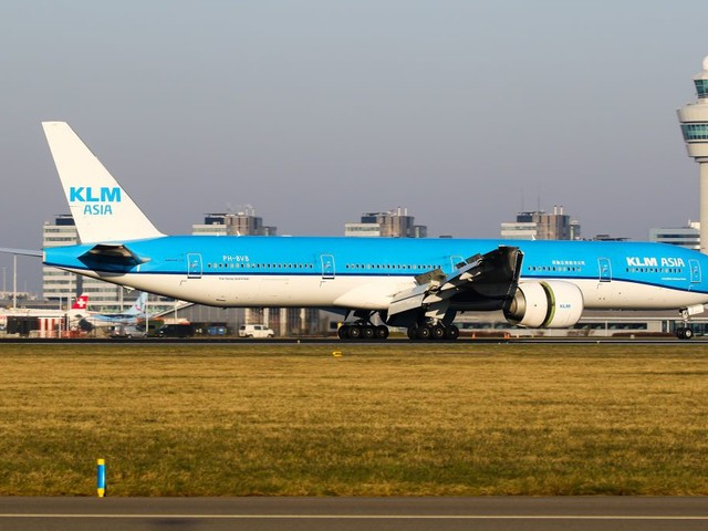 A Cabin of Our Own: KLM (777-300ER) in Economy From Amsterdam to JFK