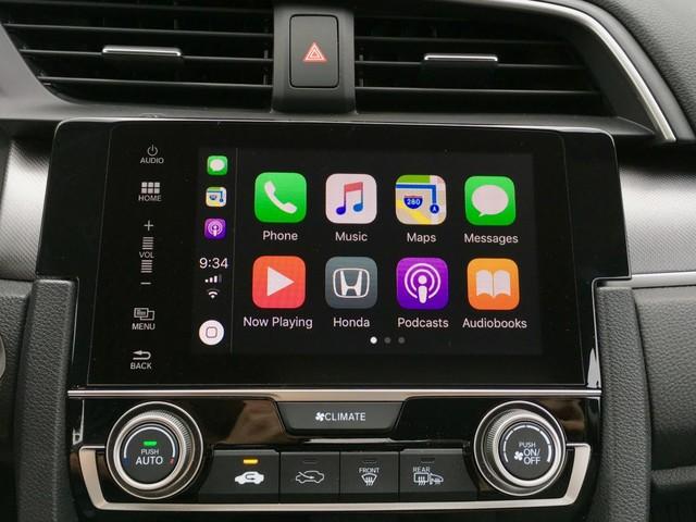 CarPlay in iOS 11: Lane guidance, interface tweaks, and more