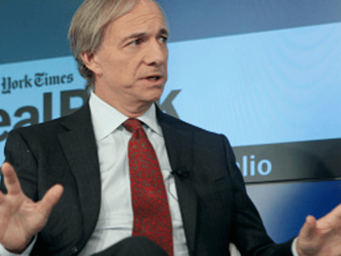 "Ray Dalio Fears ""Scary Situation"" For Global Economy Due To Fed Impotence, AI Adoption"