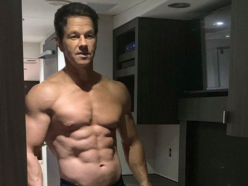 Even Tom Brady and Mario Lopez are drooling over Mark Wahlberg's abs