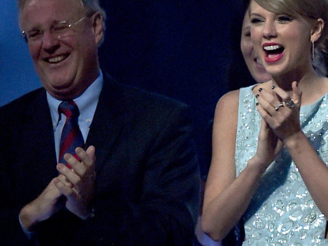Taylor Swift's father reportedly deletes Facebook account after sharing conservative views — and the move comes at an interesting time
