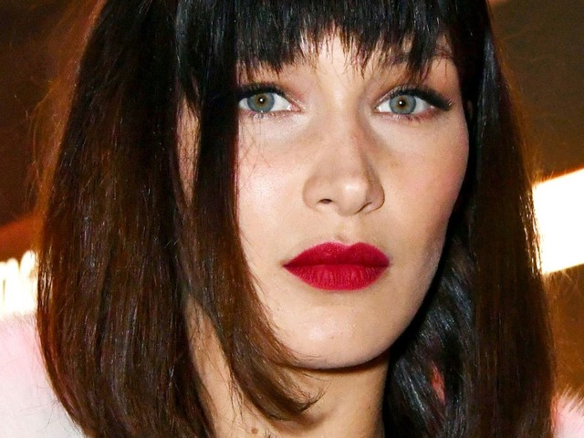 Bella Hadid Joined A Protest In London Against Trump