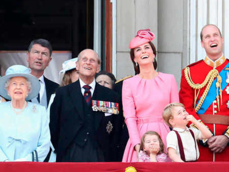 British Monarchy Valued at Over $88 Billion as Queen Elizabeth and Prince Philip Celebrate 70th Anniversary