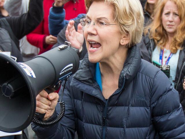 Elizabeth Warren joins other Democrats calling for Pres. Trump's impeachment