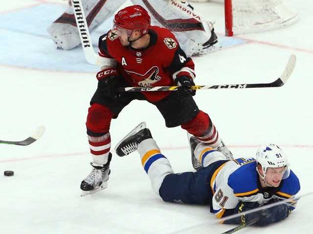 Blues beat Coyotes 4-0 to stretch winning streak to 8 games