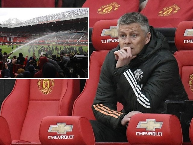 Solskjaer risks ire from fans after pointing finger at Super League protests during Manchester United's downturn in form