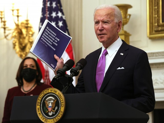 Biden orders more guidance on college reopening decisions