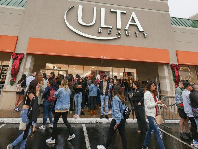 Ulta Beauty Is Opening An Hour Early For A Huge Kylie Cosmetics Sale