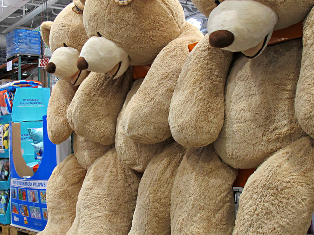 11 Ways to Stretch Your Holiday Budget at Costco, Sam's, and BJ's