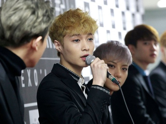 Chinese K-pop stars publicly back Beijing on Hong Kong