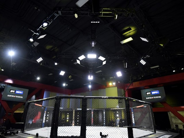 After statewide 'pause,' UFC's Vegas events could depend on COVID numbers