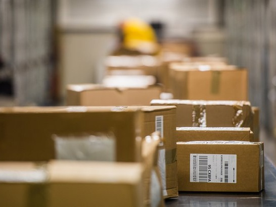 Online Shipping: Which Retailer Has the Best Rates