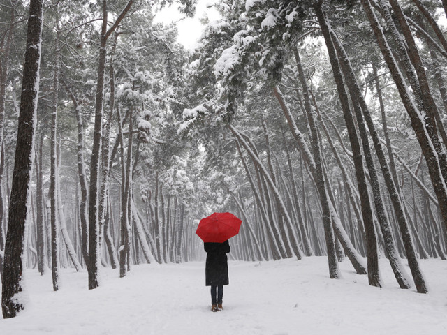 Pill-Free Ways to Beat the Winter Blues