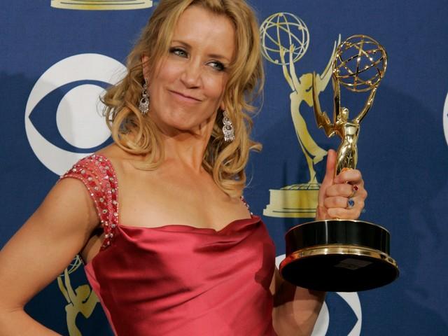 Emmys 2019: Thomas Lennon mocks Felicity Huffman's 2-week prison sentence with brutal joke