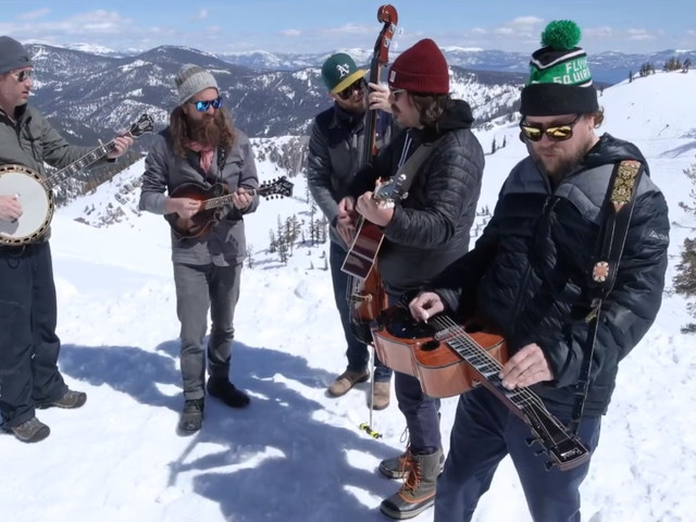 Greensky Bluegrass Performs 'Wish I Didn't Know' At The Summit Of Squaw Valley