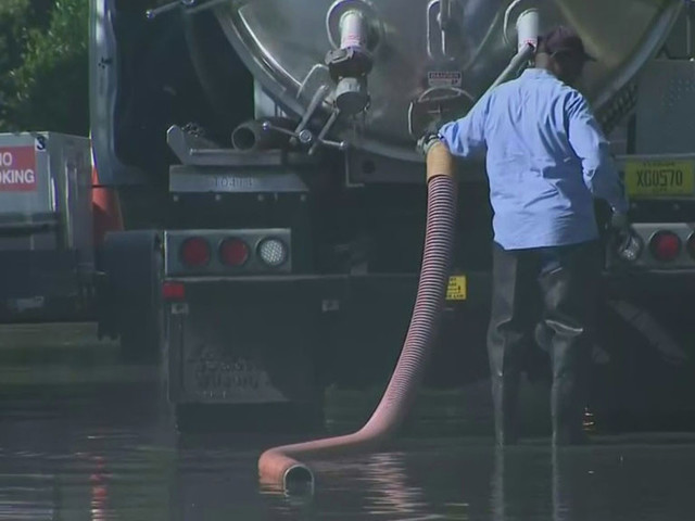 Repairs To Pipe That Caused Sewage Spill In Fort Lauderdale Neighborhood Set For Monday