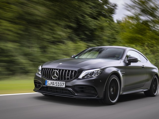 Mercedes Says Screw Displacement: We're Putting a Hybridized M139 Four-Cylinder in the 2022 AMG C63