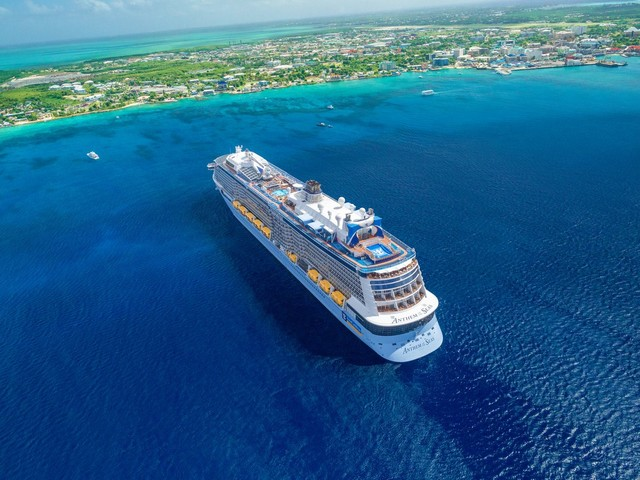 17 Royal Caribbean tips repeat cruisers always use