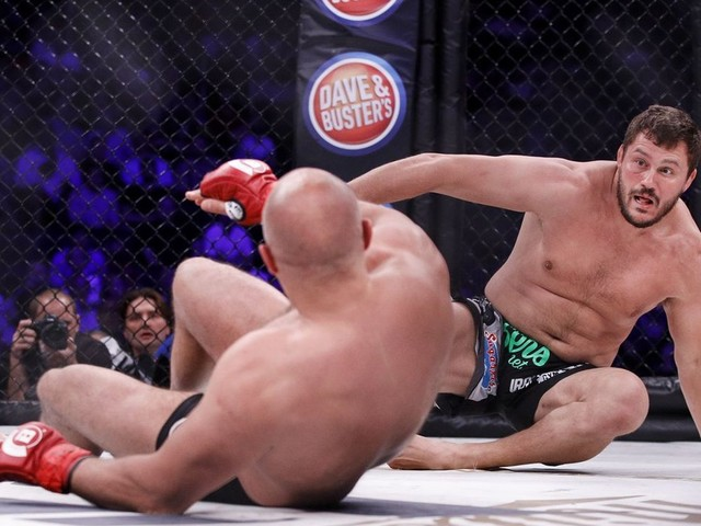 Bellator NYC video highlights: Matt Mitrione survives double knockdown to KO Fedor