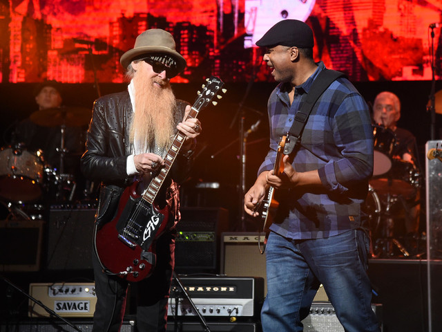 Love Rocks NYC concert review: Yankees legend steals the show