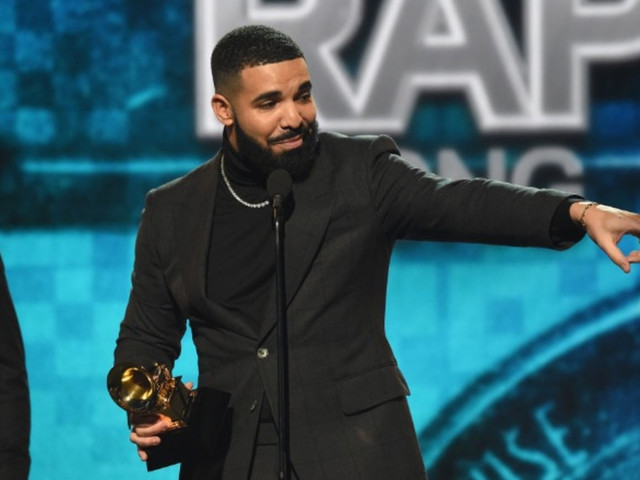 Drake Fans Imagine What a Camp Flog Gnaw Diss Track Might Sound Like