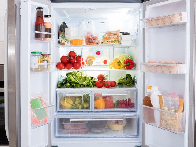 Here's how often you should really clean your fridge