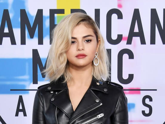 Watch Selena Gomez, BTS, Christina Aguilera & More Perform At The 2017 AMAs