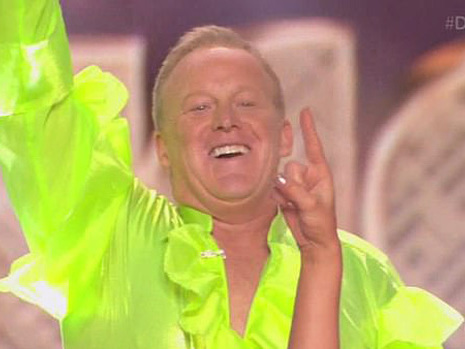 'DWTS': Sean Spicer Shocks Audience In Neon Green 'Puffy' Shirt & Twitter Lets Him Have It