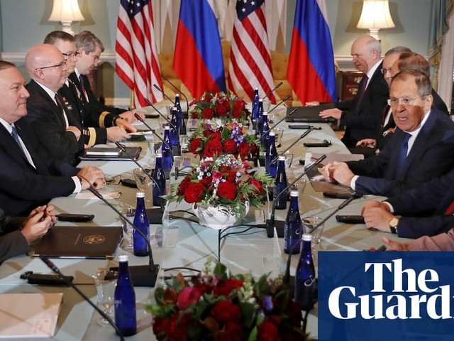 Trump meets with Russian foreign minister amid impeachment chaos