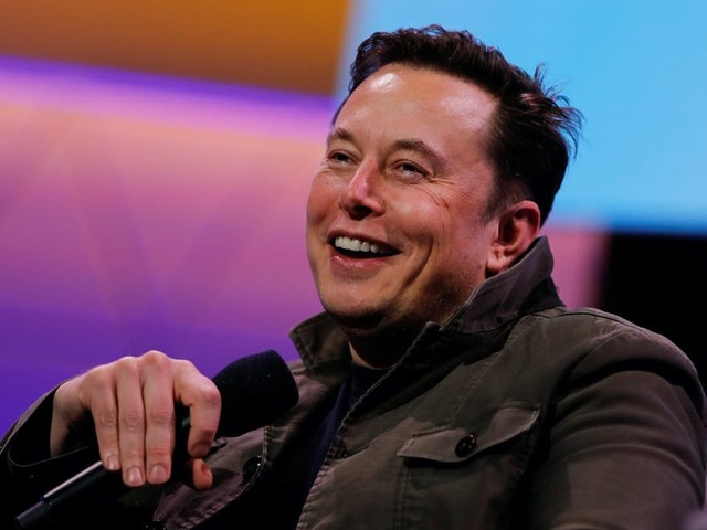 Elon Musk promises 3 free months of Tesla's 'self-driving' software for vehicles delivered in the final 3 days of 2020 (TSLA)