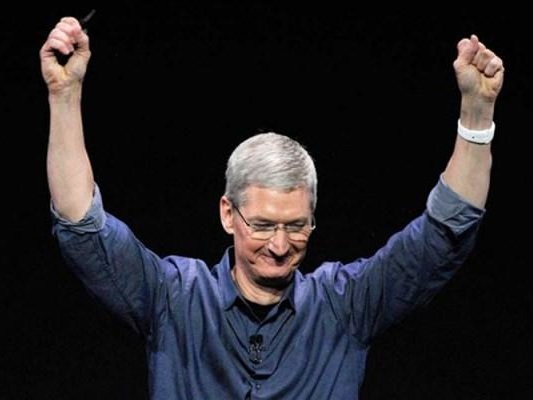 Apple Soars Above $400 For First Time On Blockbuster Earnings; Announces 4 For 1 Stock Split
