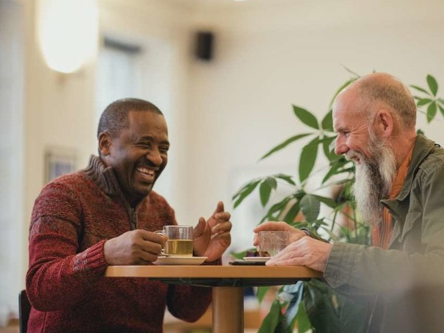 Medical News Today: Older adults who drink tea are less likely to be depressed