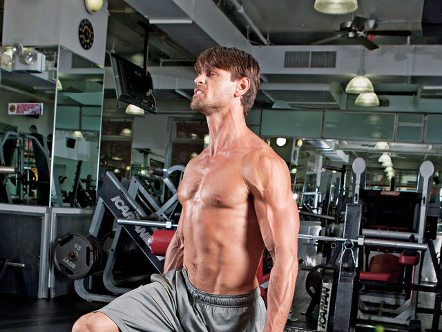 The 7 best exercises to build brute strength