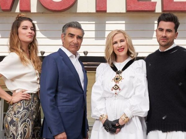 This New Schitt's Creek Season 6 First Look Will Hold You Over Until the Premiere