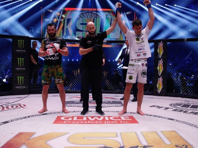 KSW 52 Results: Askham cruises past Khalidov