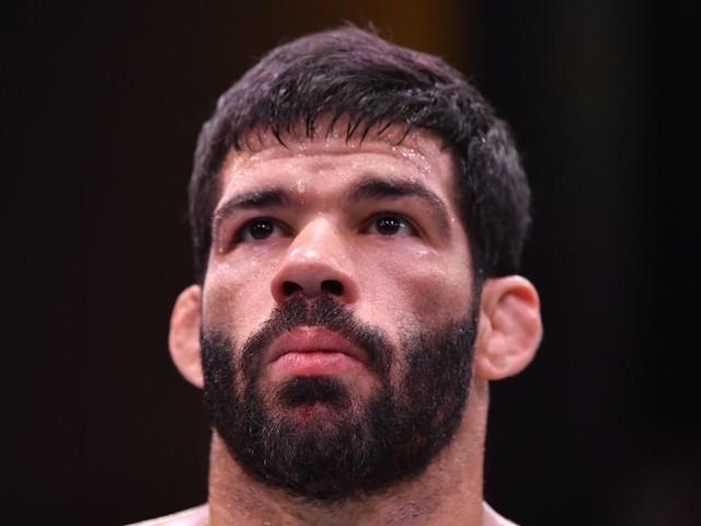 UFC adds Assuncao vs. Simon to December event