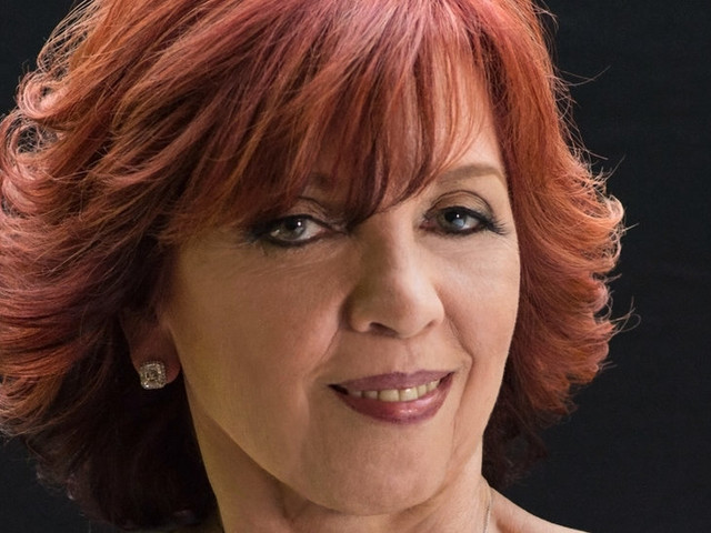 Books News: Nora Roberts Sues Brazilian Writer Who She Says Plagiarized Her Work