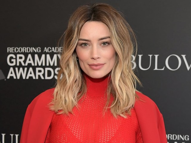 "In the Land of Social Media Trolls, Arielle Vandenberg Just Wants to ""Spread Positivity"""