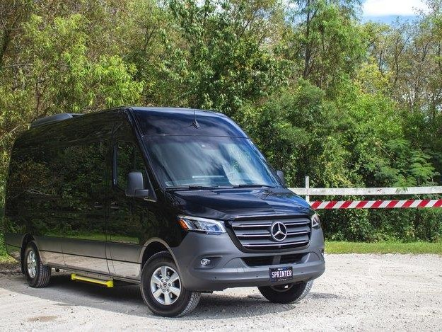 2019 Mercedes-Benz Sprinter Executive Limousine